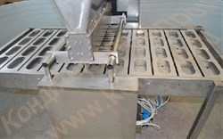 Дозатор и начинконаполнитель кондитерских изделий из различных видов теста, 4-х рядный, автоматический - фото 6102