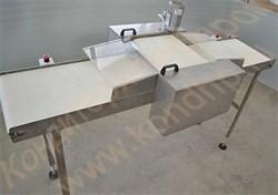 Машина горизонтальной резки бисквитных и хлебобулочных изделий на 2 части с одним ножом - фото 6759