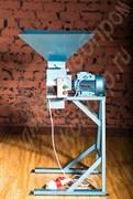 Дробилка вальцевая для измельчения хлебно-кондитерских отходов,  зерновых  злаков (исполнение - конструкционная сталь, окрашенная)