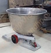Дежа нержавеющая подкатная объемом 140 литров А2-ХТД в сборе с чугунной литой кареткой на полиуретановых колесах