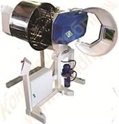 Машина тестомесильная двухскоростная «Интенсив-200» с механизированной выгрузкой и площадкой для фиксации дежи
